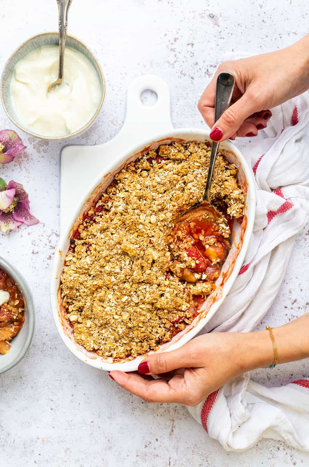Rhubarb Crumble With Oat Crumble Topping Supergolden Bakes